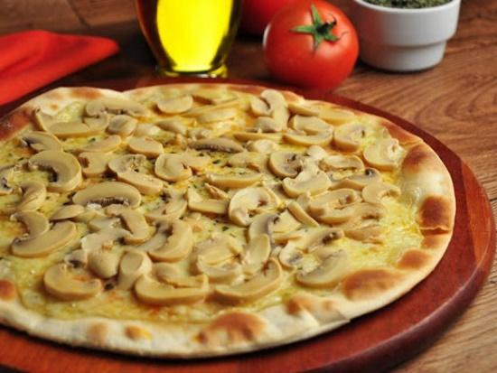 Pizza Tradicional de Champignon
